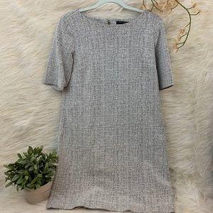 Banana Republic Grey Short Sleeve Shift Dress 10